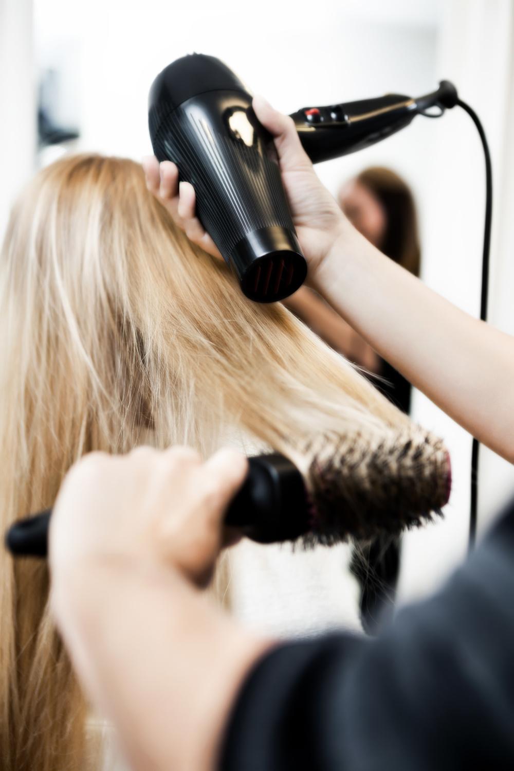Благоприятные дни для стрижки волос в сентябре 2017 года для женщин