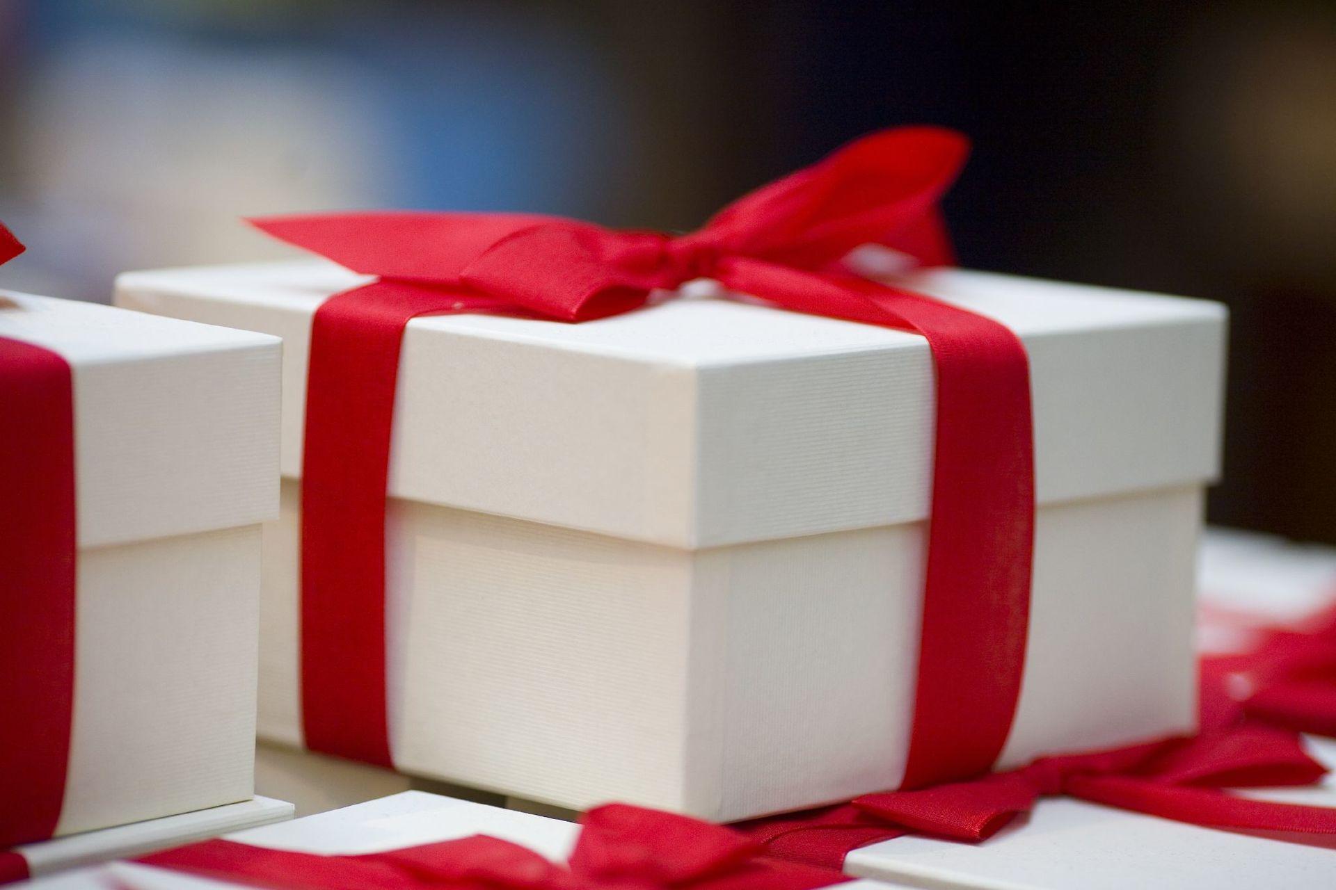 Для родных лучшие приятные подарки