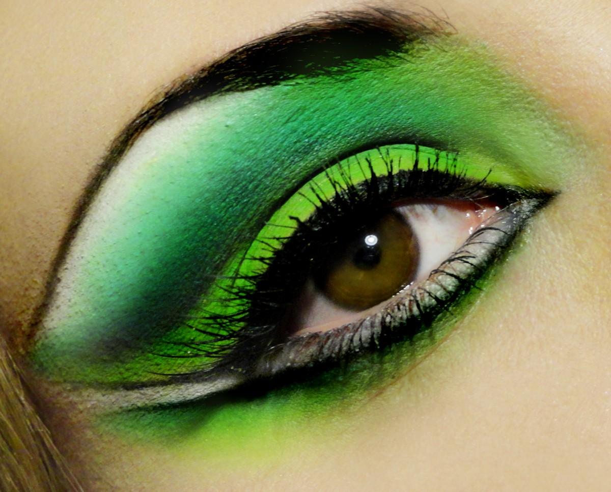 Макияж в зеленом тоне