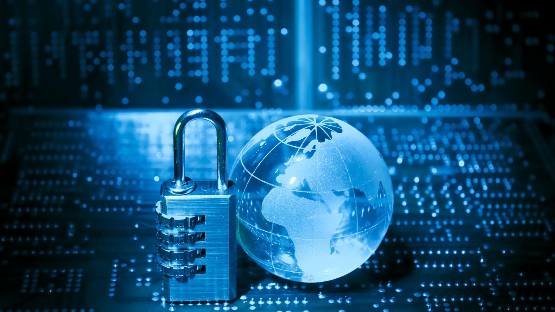 """В """"Ростелекоме"""" предсказали """"кадровую яму"""" в информационной безопасности"""