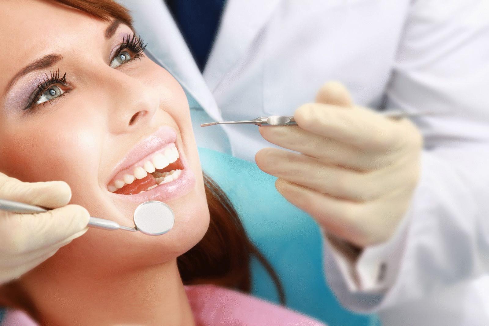Мнение стоматологов: вся правда о жвачке