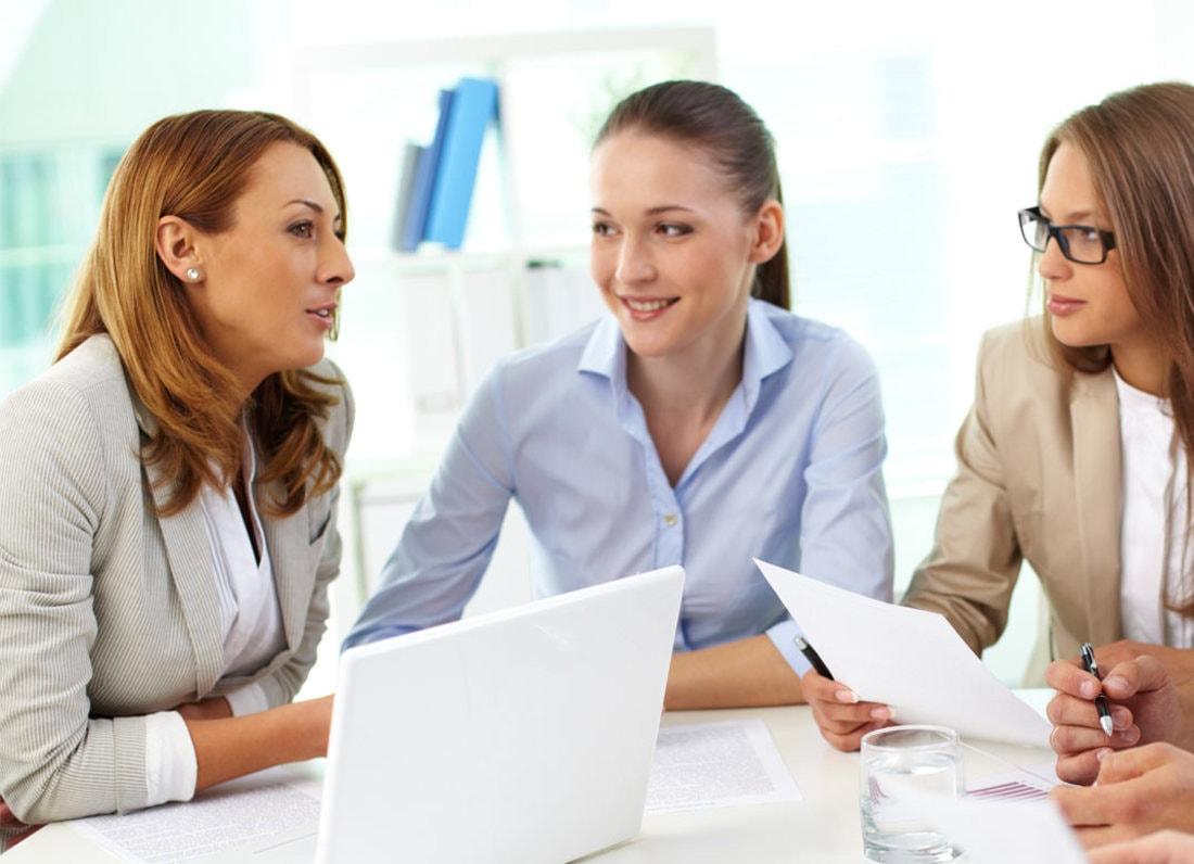 Как завоевать доверие начальника и коллег. Пять способов перестать быть белой вороной в новом коллективе