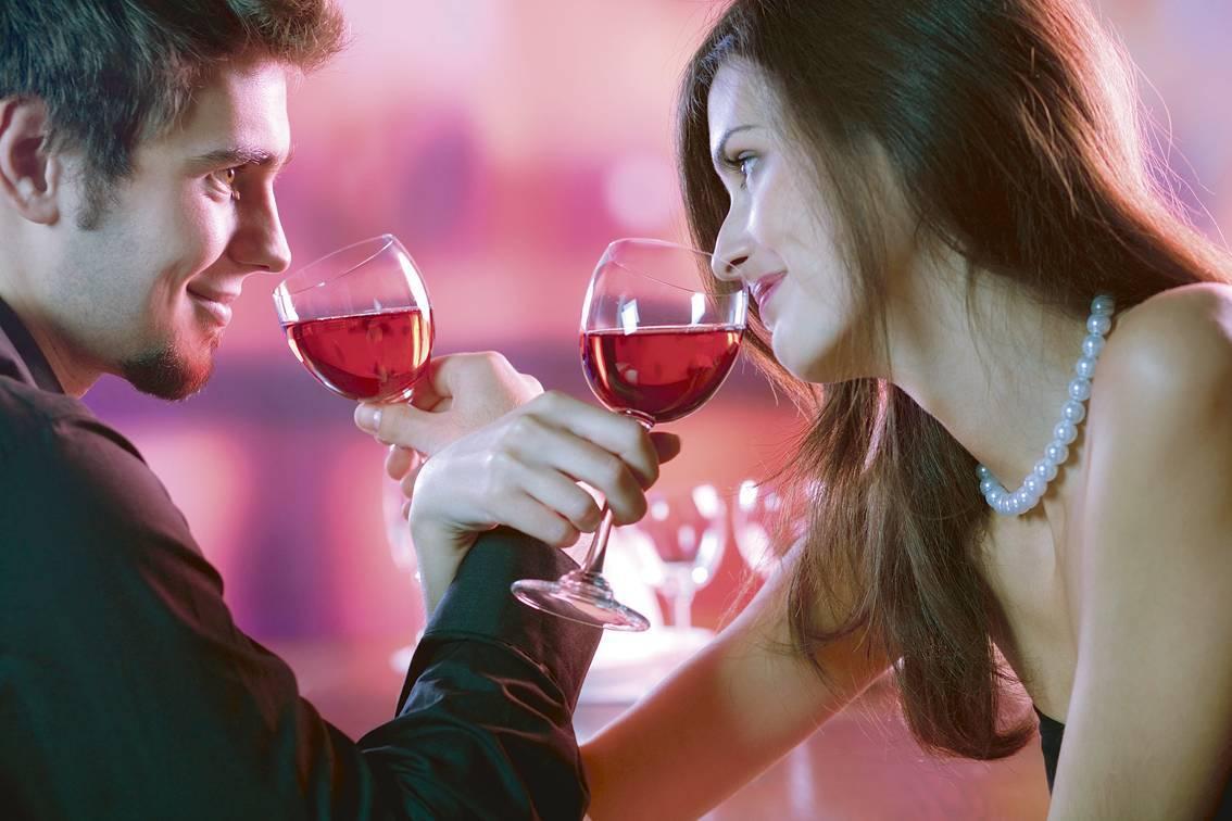 Благоприятные дни для знакомств и свиданий в 2017 году