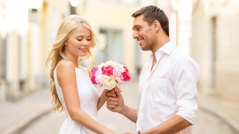 Благоприятные дня для знакомств и свиданий