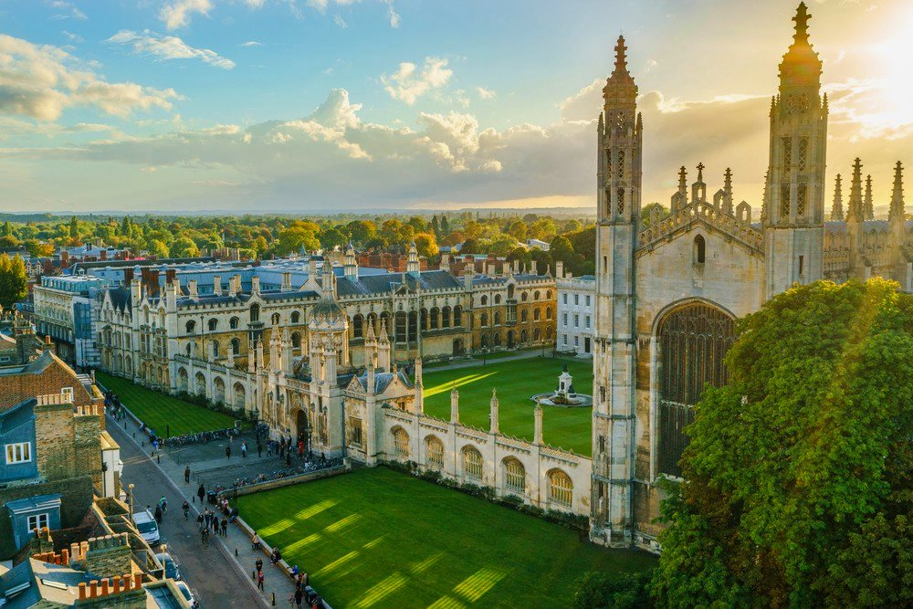 10 самых старейших университетов Великобритании