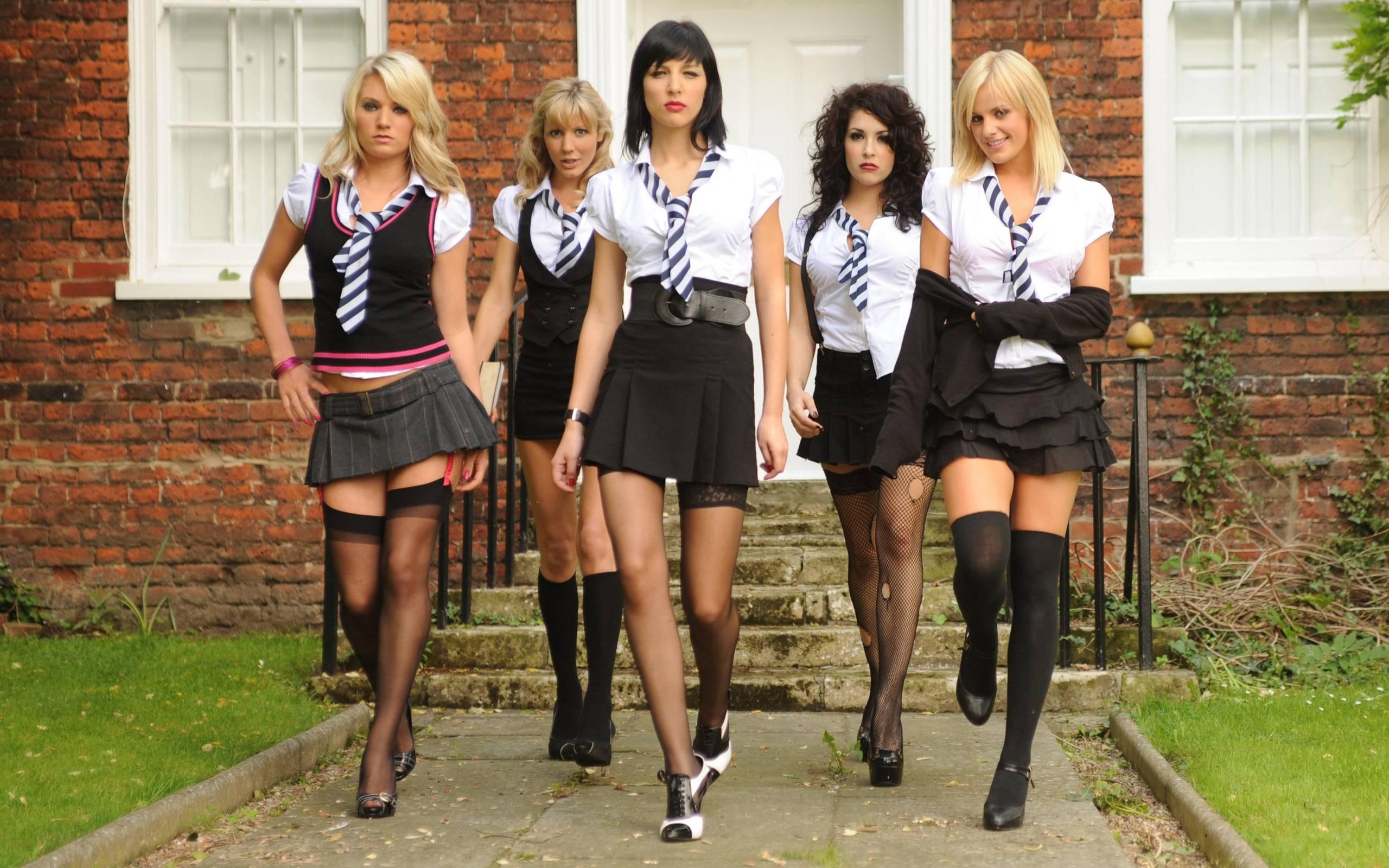 Проститутки для школьников проститутки октябрь