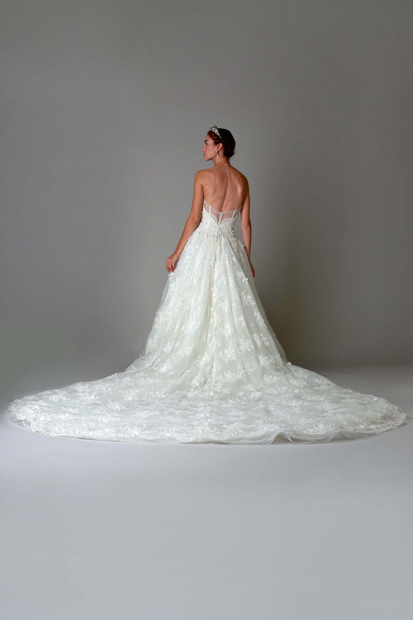 Свадебные платья 2017 фото, мода, тенденции