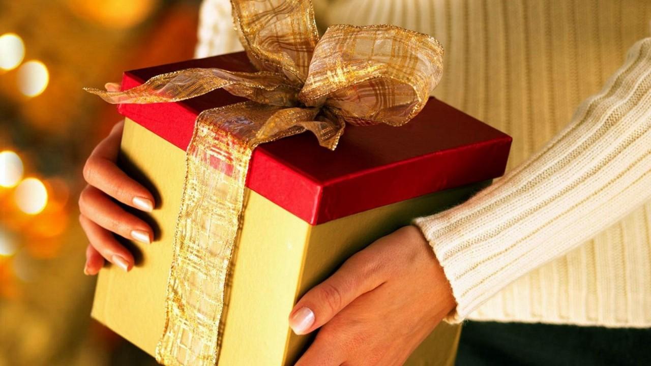 Интересный подарок на новый год для свекрови